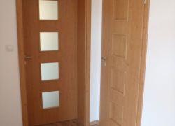 Dveře a kování