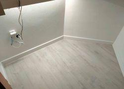 Vinylová lepená podlaha